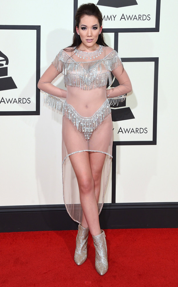 Manika at the Grammys 2016 Grammy Awards Outfits - 1